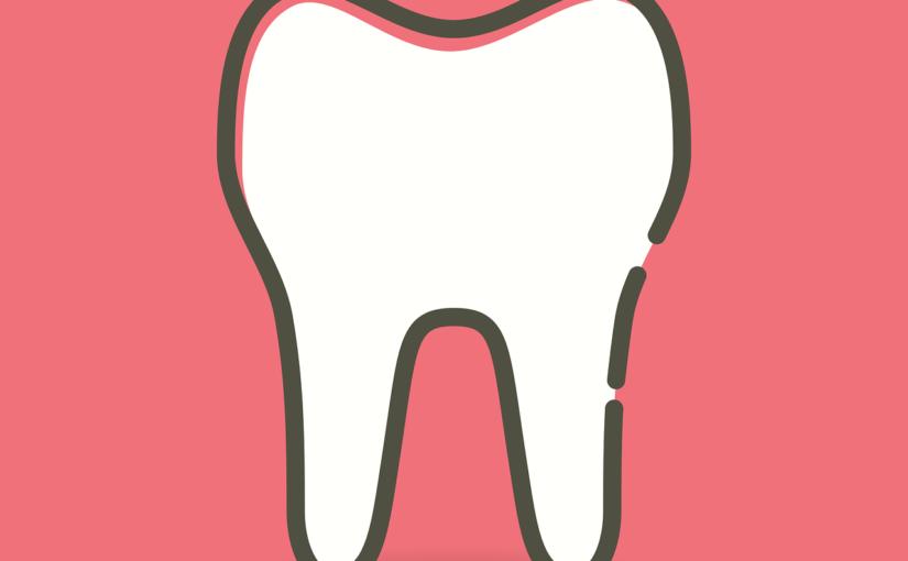 Ładne urodziwe zęby także olśniewający przepiękny uśmieszek to powód do płenego uśmiechu.